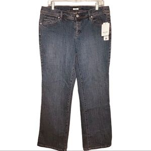 LIz & Co Mid Rise Straight Leg Stratch Jean